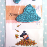 Stamping Bella: the littles playing in the leaves