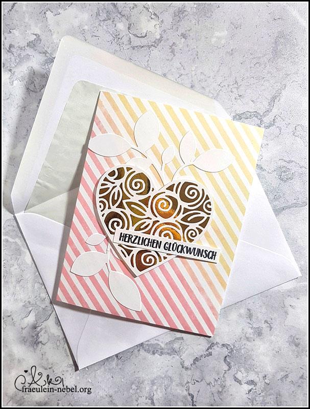 "Hochzeitskarte ""heart of roses"" mit Simon Says Stamp & DaniPeuss Klartextstempel | fraeulein-nebel.org"